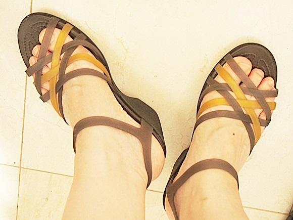 crocs-huarache-sandal-wedge-w-2