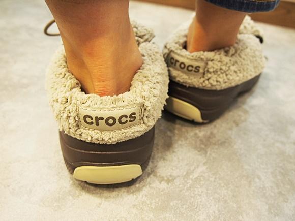 crocs-blitzen-luxe-convertible-clog (13)