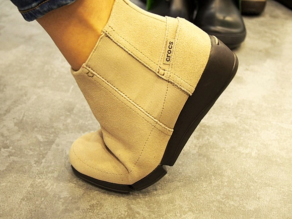 stretch sole wedge bootie (14)