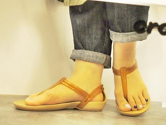 クロックス レディース サンダル イザベラ 口コミ (20)