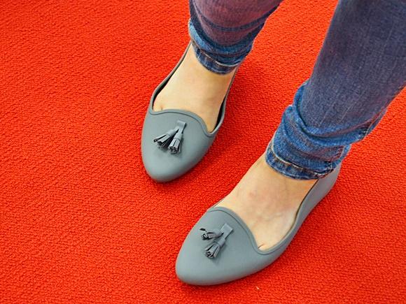 crocs-eve-flat-shoes-3